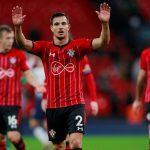 Cedric-Soares-waves-to-Southampton-fans