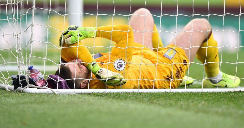 Tom-Heaton-Aston-Villa-injury