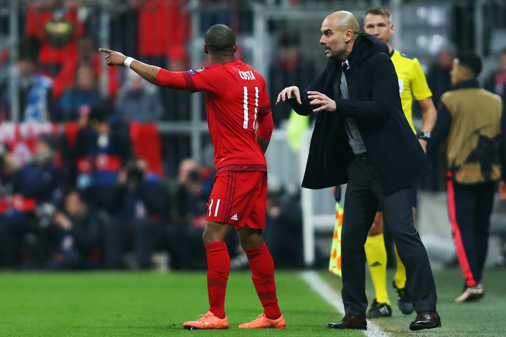 Douglas-Costa-Pep-Guardiola