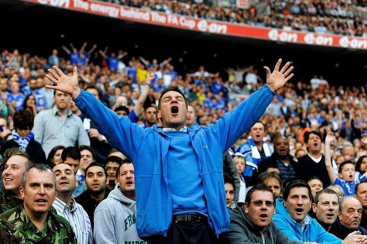premier-league-fans-football-chant