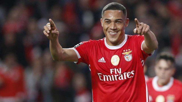 Carlos-Vinicius-Benfica