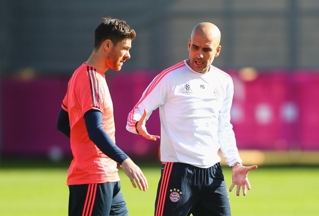 Pep_Guardiola_Xabi_Alonso_Bayern
