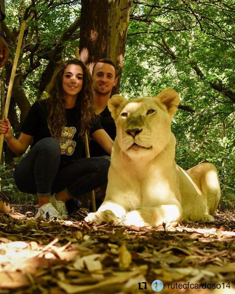 Diogo-Jota-enjoying-with-long-time-girlfriend-Rute-Cardoso