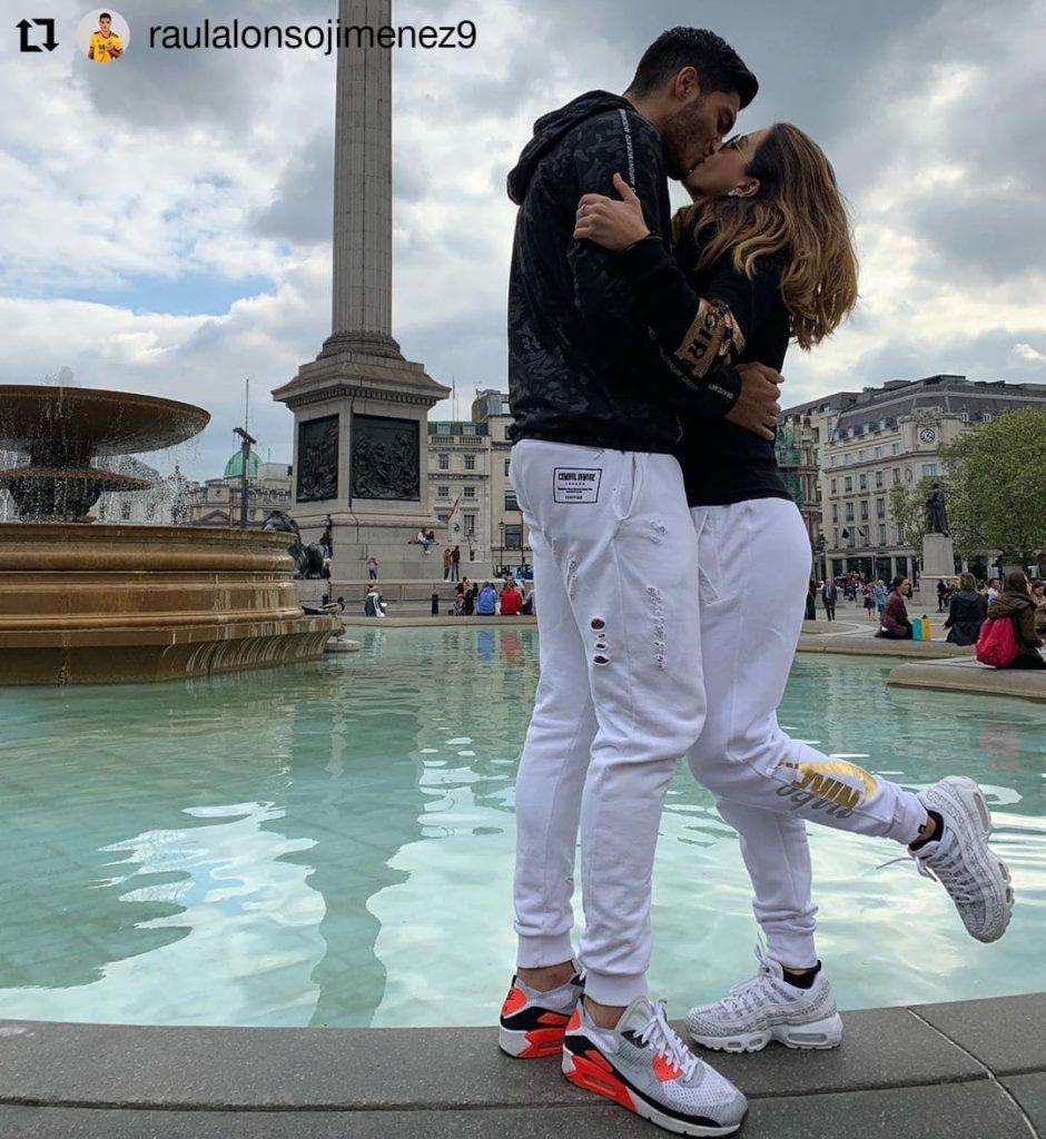 jimenez-danielabassom-kissing-scene