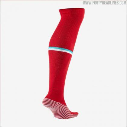 liverpool-20-21-home-kit-socks