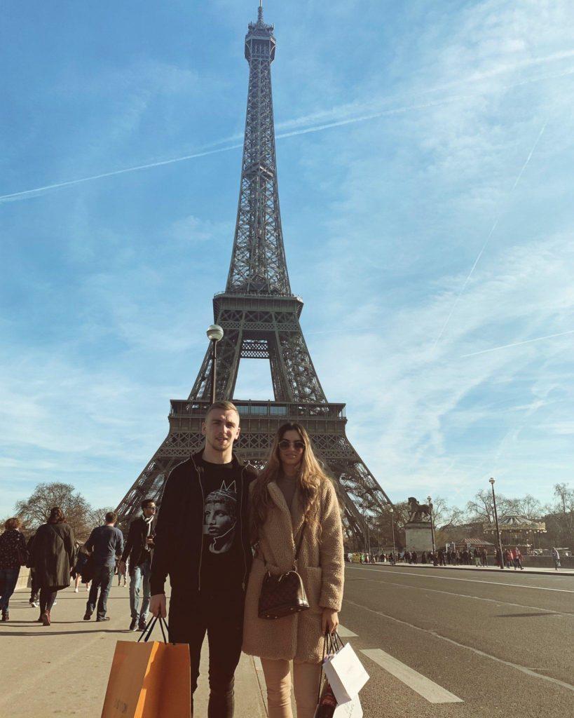 Jarrod-Bowen-with-Girlfriend-Jaz-in-Paris