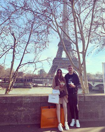 Jarrod-Bowen-with-Girlfriend-Jaz-in-romantic-trip-to-Paris