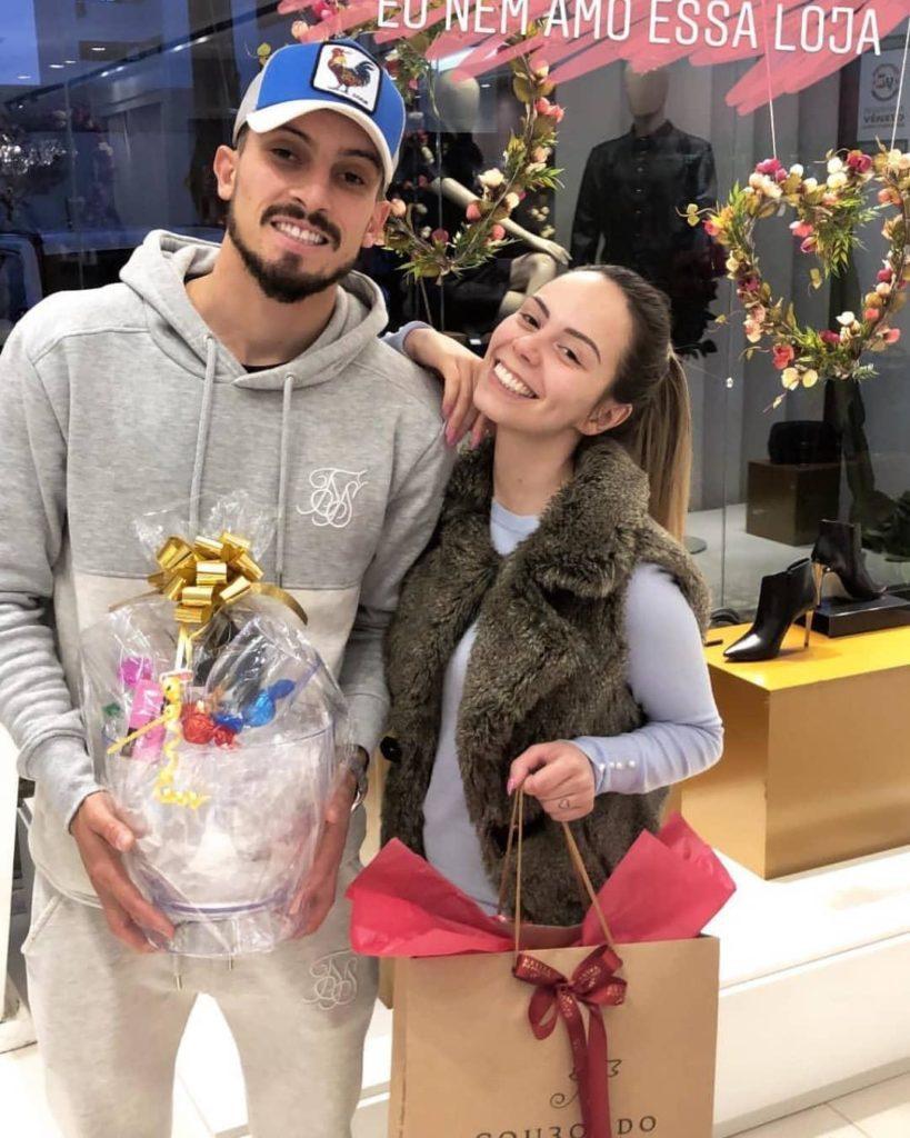 Alex Telles wife Priscila Minuzzo trophy