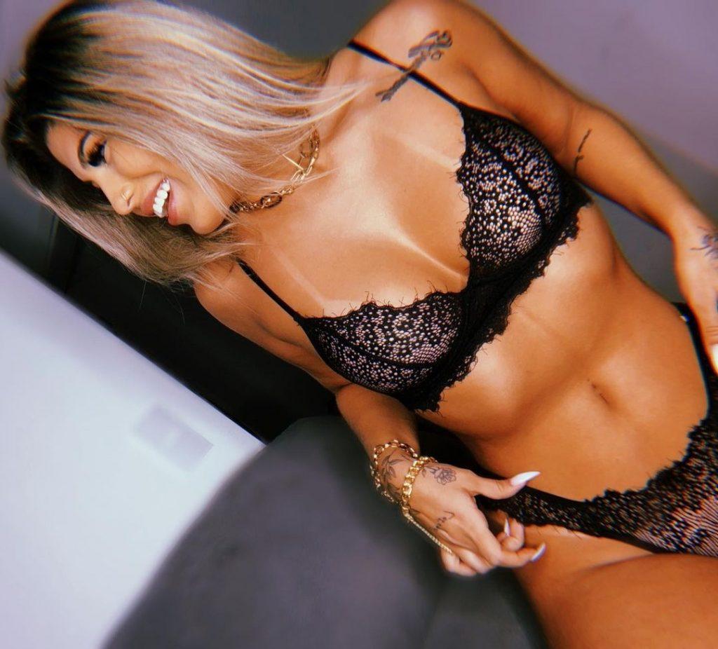 Gabriel-Magalhaes-girlfriend-images