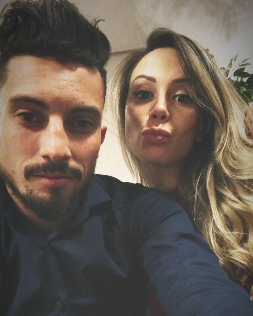Manchester-United-Alex-Telles-wife-Priscila-Minuzzo