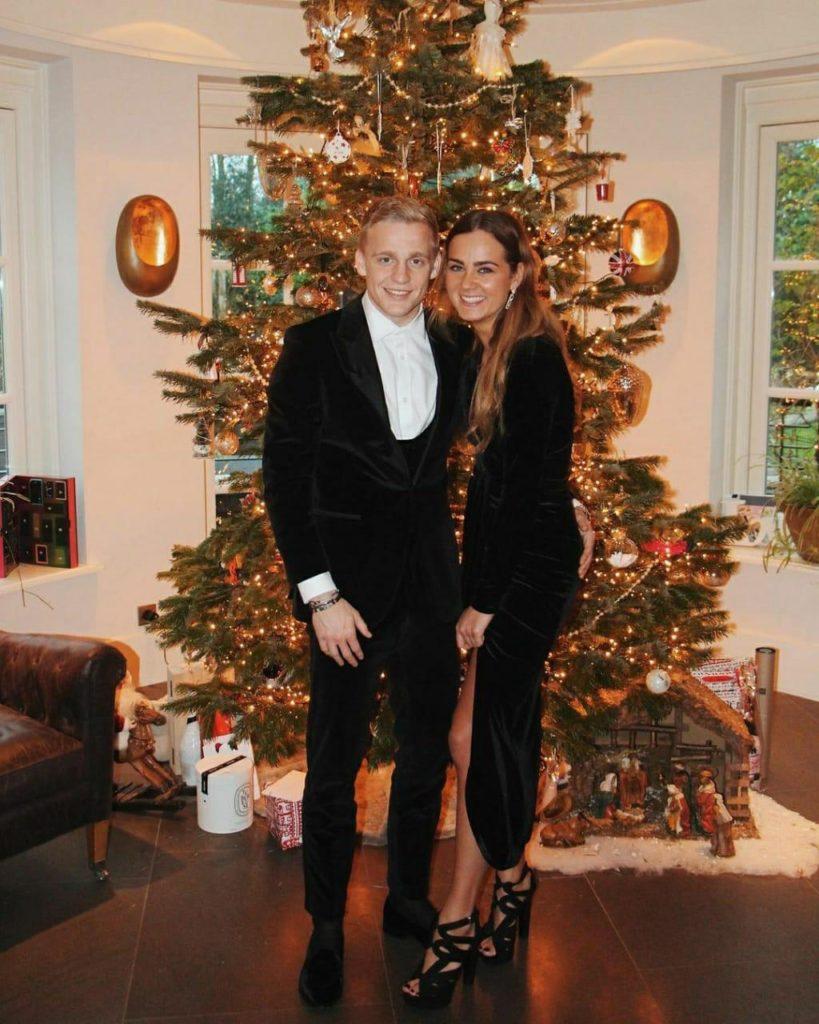 Estelle-Bergkamp-Donny-van-de-Beek-Christmas