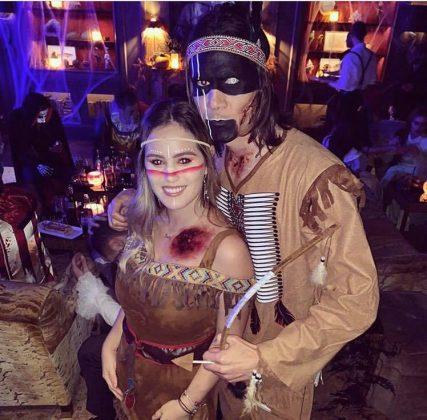 edinson-cavani-jocelyn-burgardt-halloween-party
