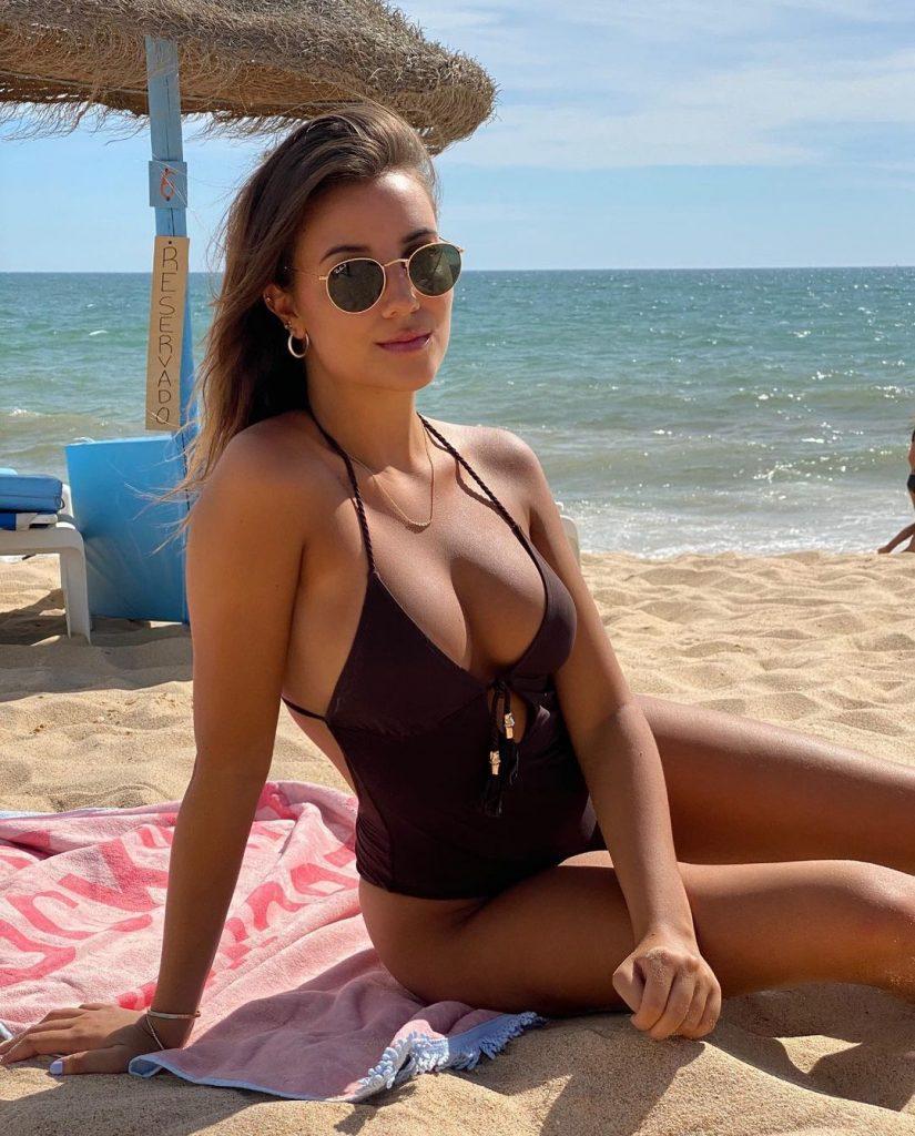 Ruben_Dias_April_Ivy_sexy
