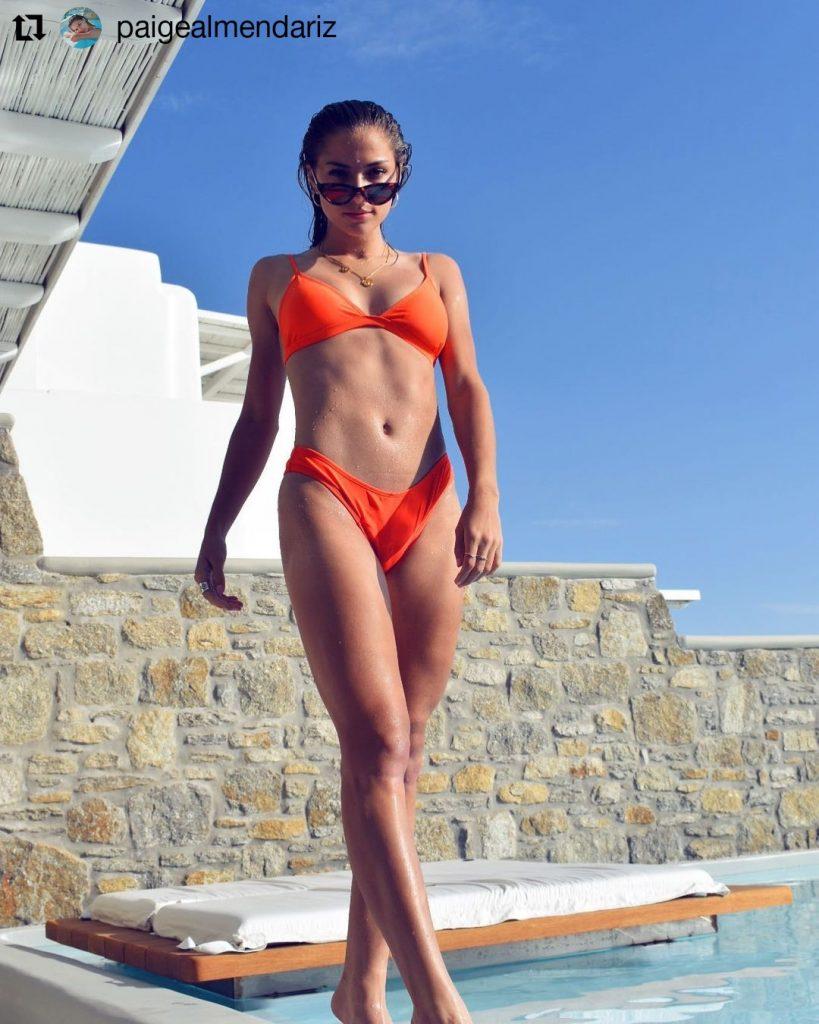 Rob_Holding_girlfriend_Paige_Almendariz_Vacation